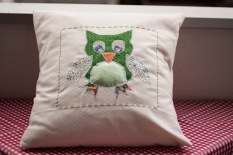 https://justkeepsewing.net/2012/06/26/8-cushions/
