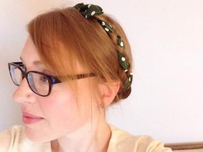https://justkeepsewing.net/2014/05/08/brigitte-scarf-loveatfirststitch-party/